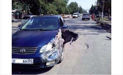 ДТП случилось в самом центре Бердска