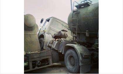 Из-за аварии крупногабаритной техники на трассе М-52 возник 3-часовой затор