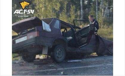 Водитель Жигулей погиб, две его пассажирки травмированы