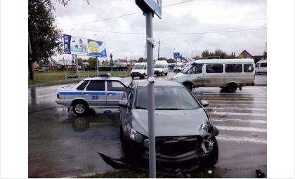 На перекрестке улиц Красная Сибирь и Павлова в Бердске постоянно происходят ДТП