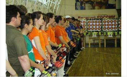 На фото: участники апрельских соревнований в Бердске