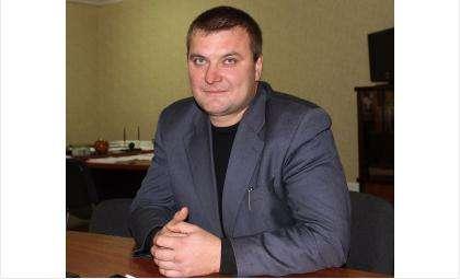 """Антон Борзенков назначен и.о. директора муниципальной УК """"Салют"""" в Бердске"""