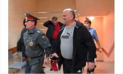 Виктор Голубев обвинен в экономическом преступлении
