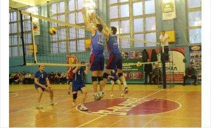 Приглашаем поддержать бердскую команду волейболистов