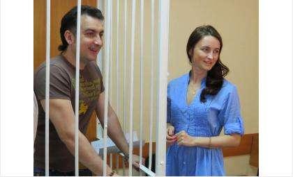 Светлана Мухамедова приходит почти на каждый судебный процесс по уголовному делу против ее мужа Владимира Мухамедова