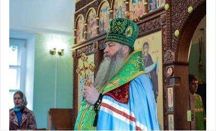 Владыко Тихон. Фото olega-bryanskogo.cerkov.ru
