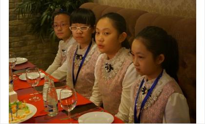 В Бердске гостит делегация школьников из города-побратима Фукан (КНР)