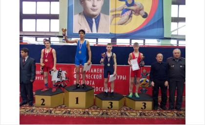 Артем Шалганов завоевал бронзовую медаль первенства