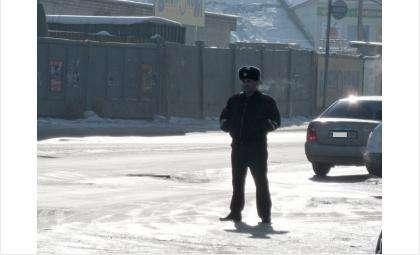 ГИБДД еженедельно выявляет нарушения правил дорожного движения, допускаемые как водителями, так и пешеходами
