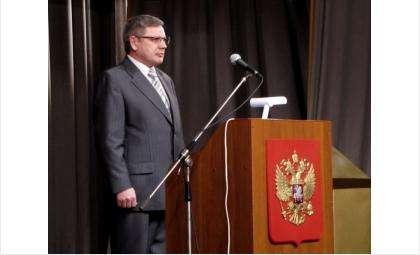 Анатолий Чарганцев два созыва был председателем избиркома муниципального образования город Бердск. При нем выбрали мэром в 2005 году Александра Терепу, в 2011 году Илью Потапова