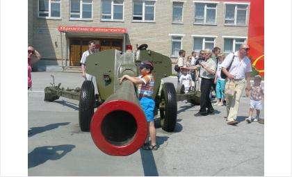 День Новосибирского военного училища.
