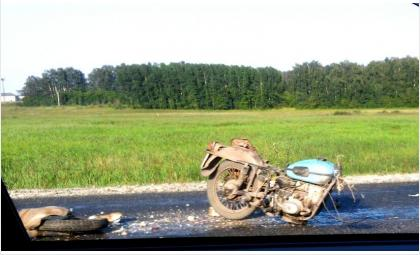 Мотоцикл разорван в клочья в результате ДТП. Мотоциклист погиб