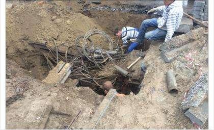 Во время земляных работ в Бердске повредили кабель интернет-провайдера