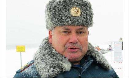 Начальник Сибирского регионального центра МЧС России, генерал-лейтенант Владимир Светельский  уволен указом президента