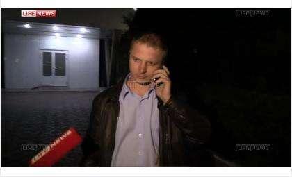 Егор Савин вышел из полиции Бердска. Общаться с журналистами по поводу наезда на человека отказался