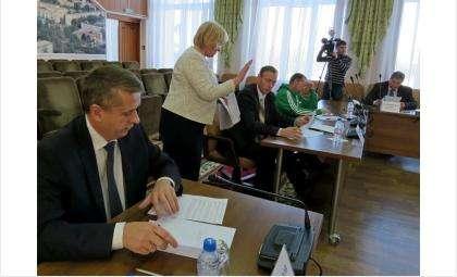 Кандидаты на пост мэра Бердска прошли тестирование на знание законов