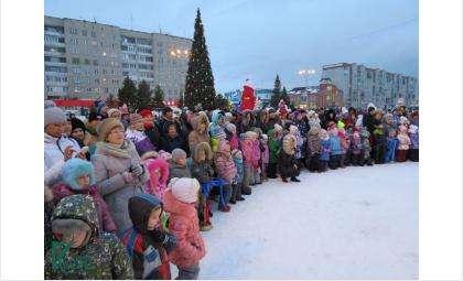 Новогодний городок на площади Горького