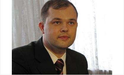 Илья Потапов. Был избран главой Бердска 27 марта 2011 года. Задержан за взятку 30 апреля 2013 года. Приговорен к 10 годам колонии строгого режима и 500 млн руб. штраф за коррупцию в 2015 году