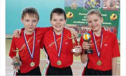 Лучшие игроки Рождественского турнира по волейболу