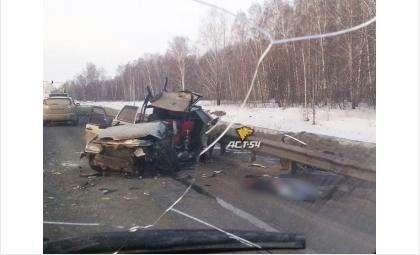 Водитель ВАЗ-2114 погиб на месте ДТП