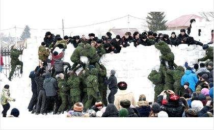 Народные игры пройдут в день Масленицы у храма в Бердске