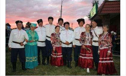 Народный коллектив ансамбль казачьей песни «Вольница»