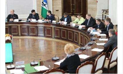 Состоялось первое в 2016 году заседание Общественного совета при УФСКН НСО