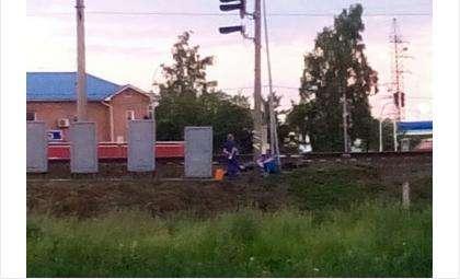 Место гибели пешехода на железной дороге в Бердске