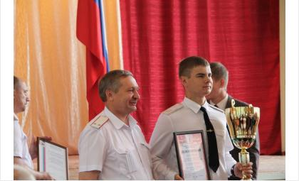 Кубок победителя слета молодых казаков остался в Бердске