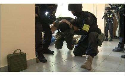 Террористов, захвативших Черепановскую ЦГБ, нейтрализовали