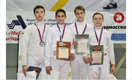 На фото Михаил Шурыгин третий слева