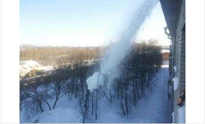 За снег на самодельных козырьках балконов будут штрафовать в Бердске