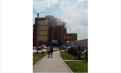 Из-за замыкания холодильника выгорела лоджия и квартира на ул. Красная Сибирь в Бердске