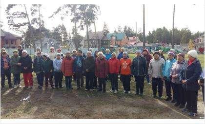 В Бердске провели мастер-класс по скандинавской ходьбе
