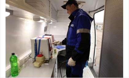 Некачественное топливо в большинстве случаев продают на несетевых или безымянных АЗС