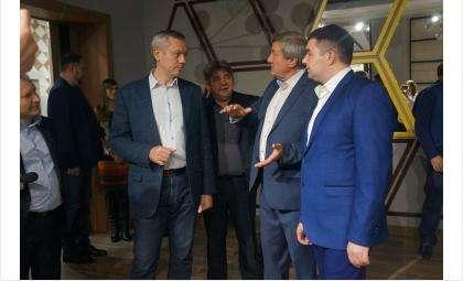 Финальной точкой визита Травникова в Бердскестало посещениесанатория«Рассвет»