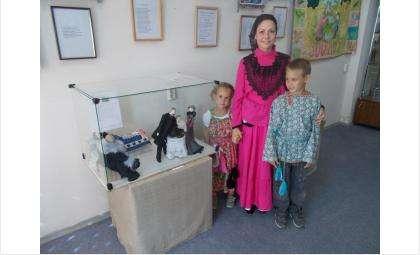 Мама четверых детей Лариса Летунова в своём доме открыла музей