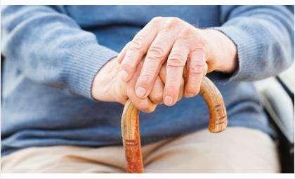 Чем дольше человек работает и выше его зарабок, тем выше будут его пенсии