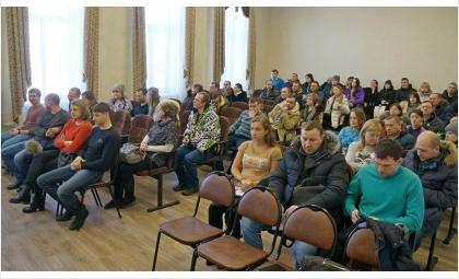 На собрание приходило более 50 дольщиков «Стройинвестпроекта»