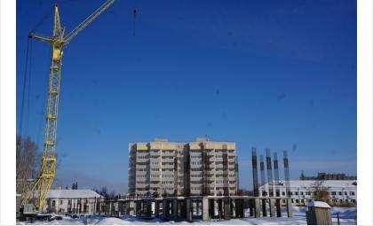 Строительство 16-этажки замерло, едва начавшись