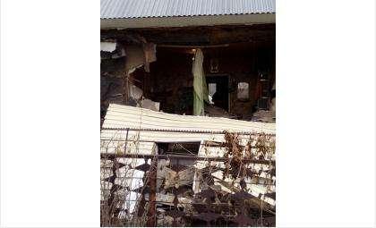 Стена упала утром 26 апреля