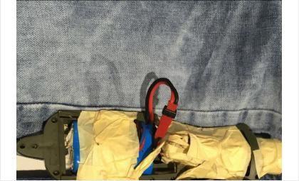 Вот этот муляж взрывного устройства подложили в ТЦ «Универмаг» в Бердске