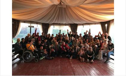 Дети-инвалиды и их родители провели замечательную смену в санатории
