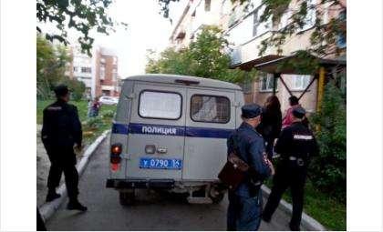 Полицейский пытался успокоить дебошира