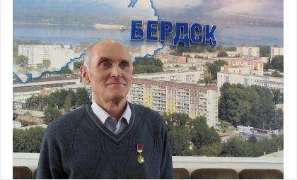 Сергей Бессонов надевает награду только по особым случаям