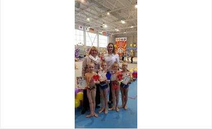 Бердские гимнастки
