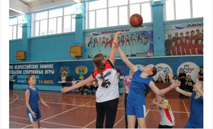 "Баскетболистки спортивной школы ""Авангард"" отметили День мамы"
