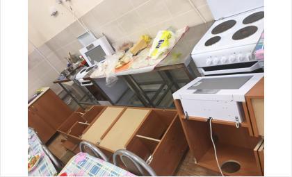 Навесные шкафы нанесли детям травмы