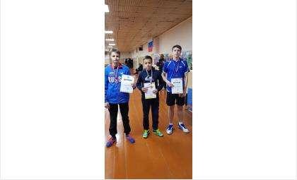 Золото и серебро первенства региона завоевали теннисисты из Бердска