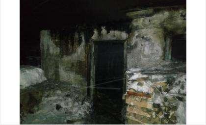 Заживо сгорел на пожаре в Искитимском районе живший в бане мужчина-бомж